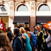 História e Desamparo: Mobilização de Massas e Formas Contemporâneas de Anti-Capitalismo - Moishe Postone